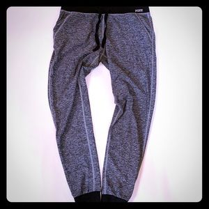 PINK Ultimate Jogger Size XS
